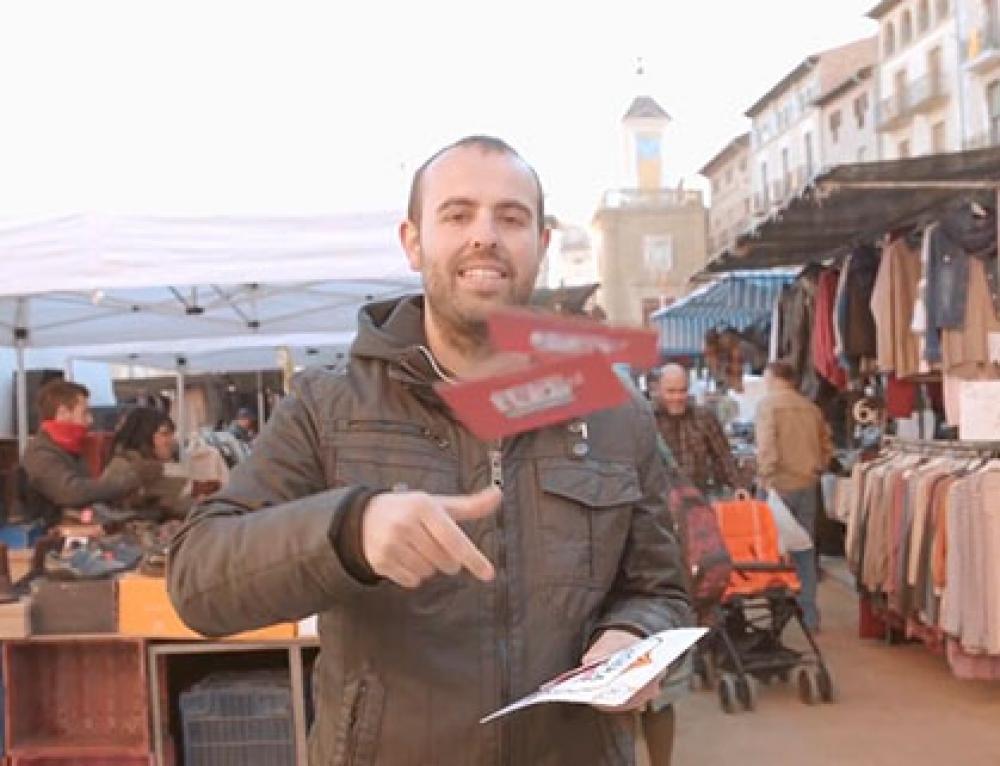Reportage en Vic de La Gira del puntCAT con Peyu